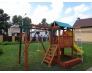 Деревянная детская площадка с домиком, песочницей, кольцами и перекладиной